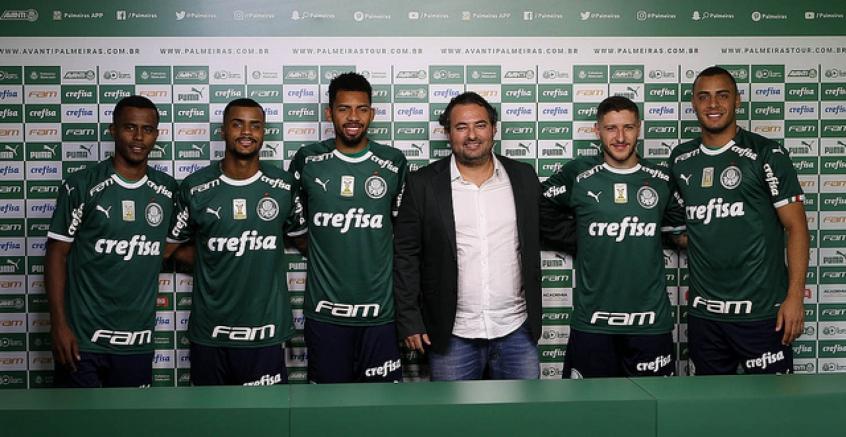 Um é artilheiro, outro nem no banco: o saldo dos seis reforços do Palmeiras