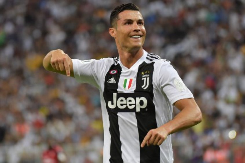 Cristiano Ronaldo - Juventus x Milan df264f0fb6e36