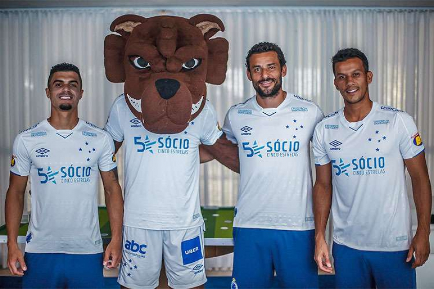 972cd9635905c Cruzeiro apresenta uniforme 2 para a temporada 2019