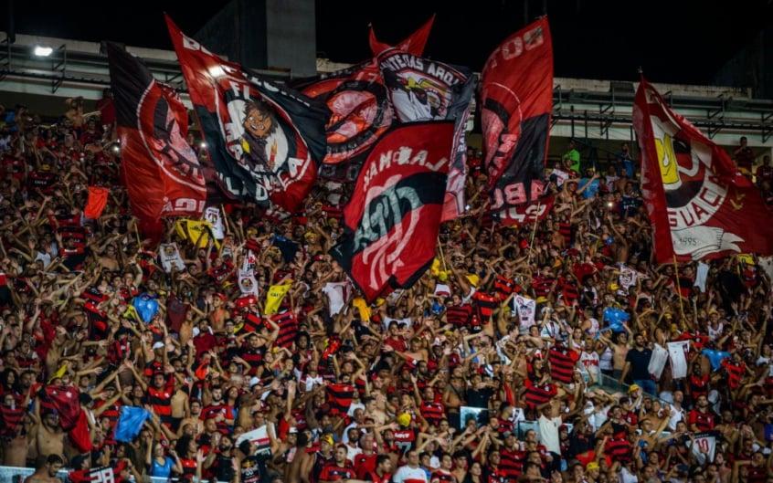 Torcida do Flamengo no Maracanã, contra o Bangu