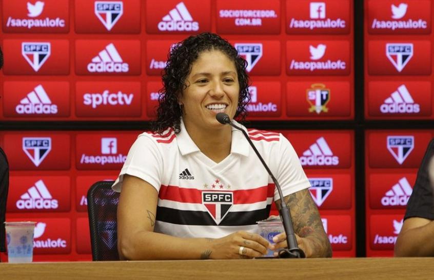 cb544baf13480 São Paulo apresenta Cristiane e dá início a projeto no futebol ...
