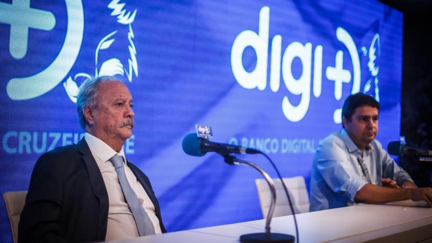 Foi o primeiro balanço da administração de Wágner Pires de  Sá, à esquerda, que iniciou o seu mandato em janeiro do ano passado