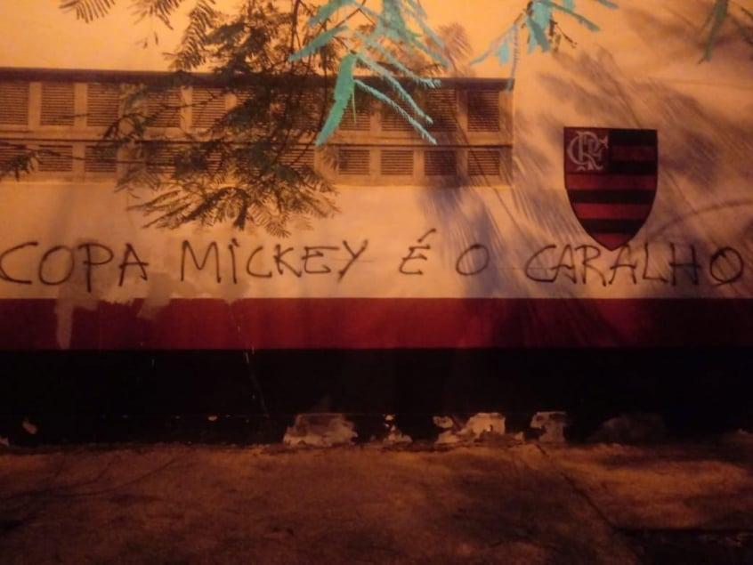 Flamengo pichação