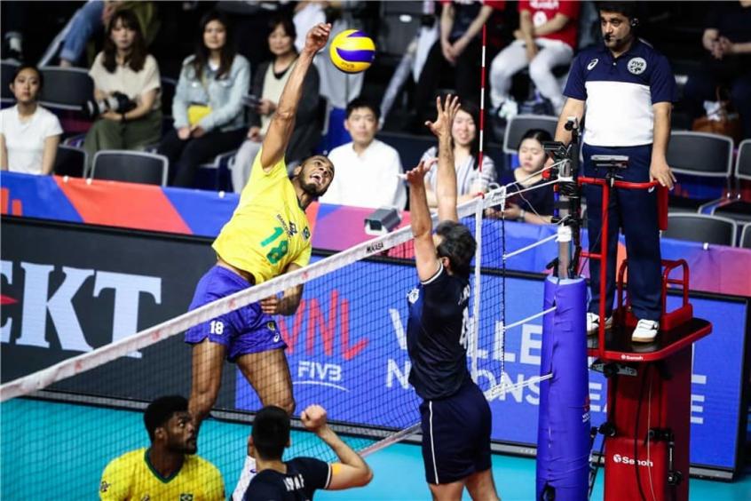Lucarelli foi destaque contra o Irã