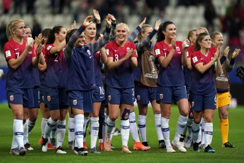 Noruega x Nigéria - Copa Feminina