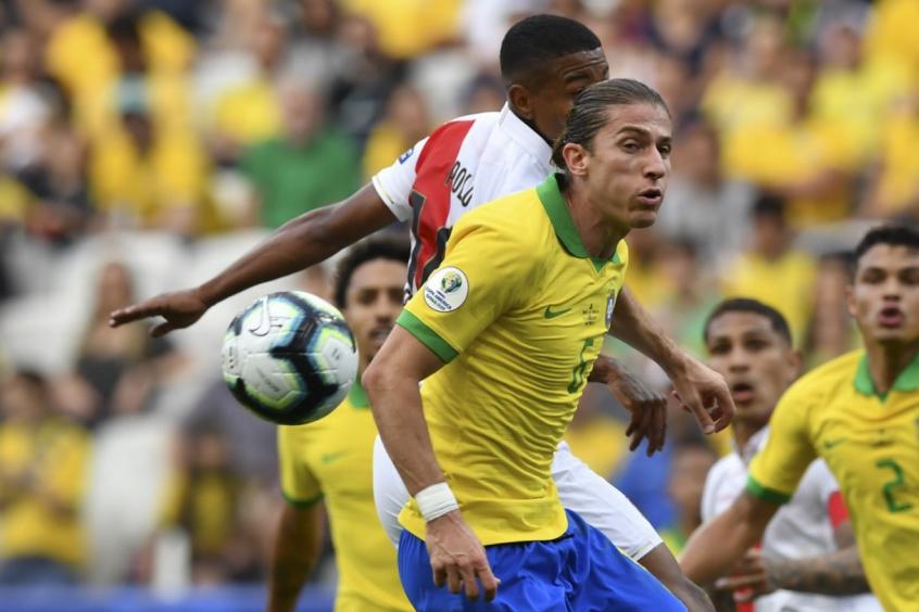 Filipe Luis na vitória do Brasil sobre o Peru neste sábado, pela Copa América