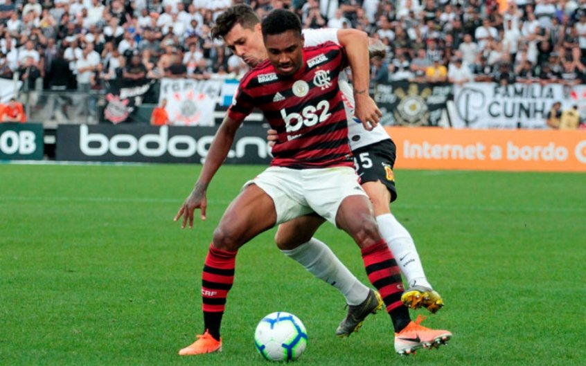 Corinthians x Flamengo - Vitinho