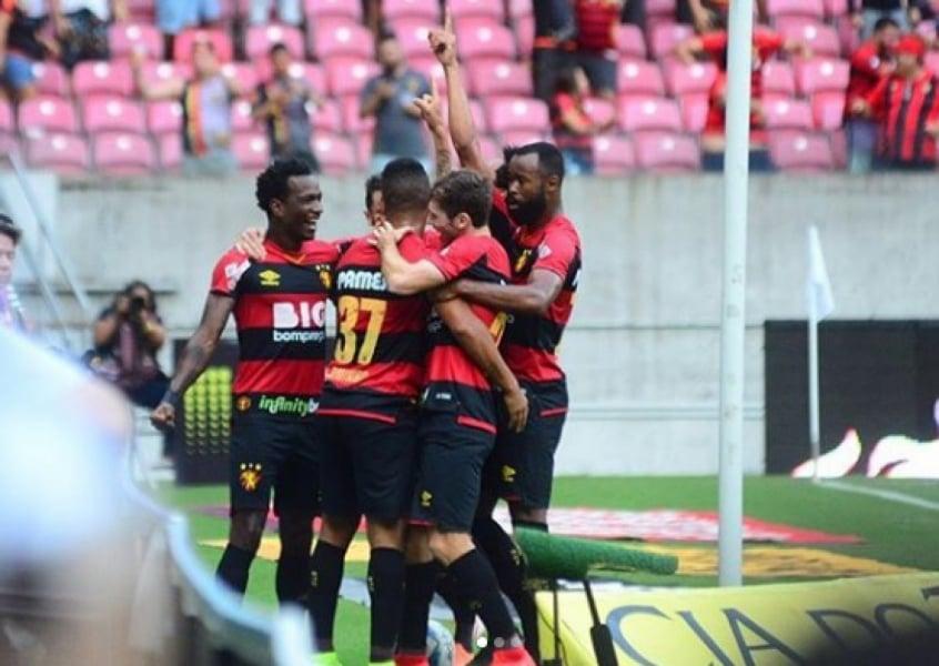 Seguro Sport Derrota O Botafogo Sp E Ameniza A Crise Lance