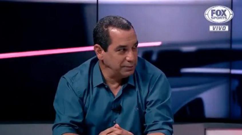 Não entendo a torcida do Flamengo exigir o Rafinha, diz ex-jogador