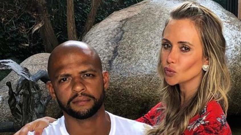 Esposa de Felipe Melo ataca críticos do jogador: