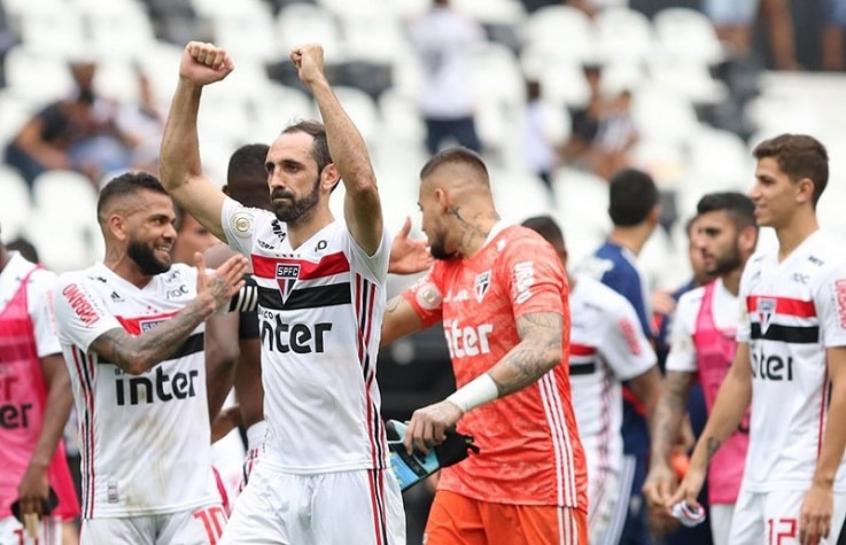 Juanfran - Botafogo x São Paulo