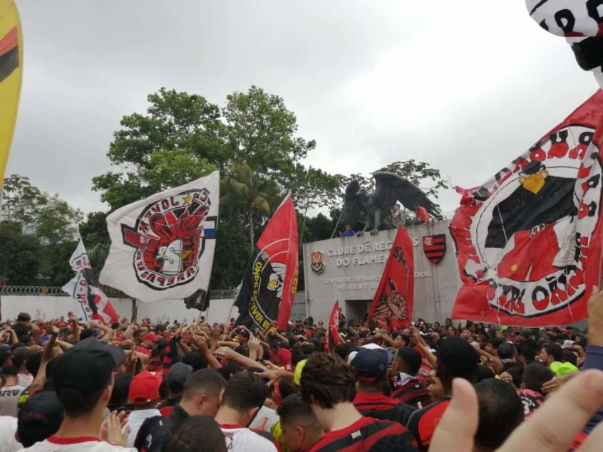Torcida do Flamengo - Ninho do Urubu