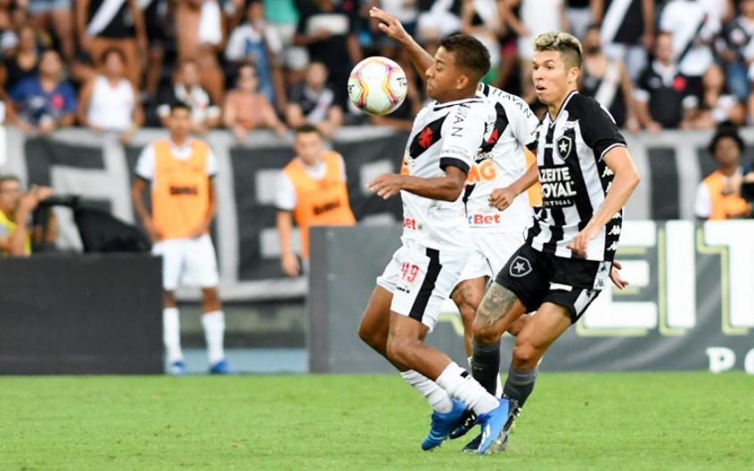 Botafogo x Vasco - Vinícius
