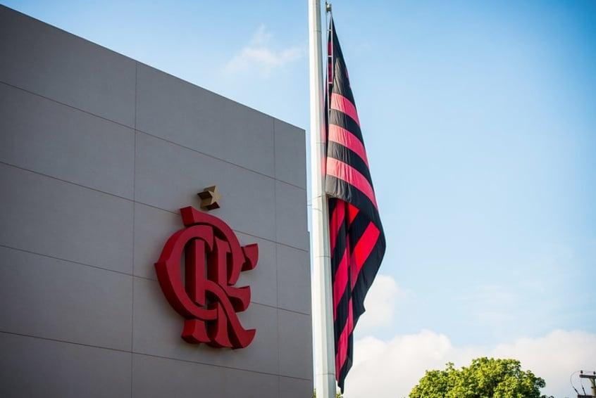 Flamengo cede volante do sub-20 e deve negociar mais crias do Ninho