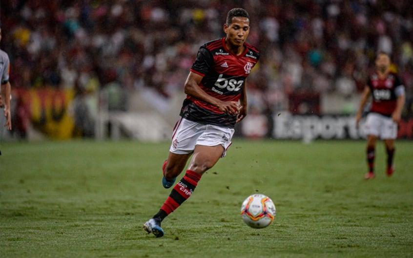 Empréstimo de João Lucas ao Cuiabá pode render até R 5 milhões para o Flamengo