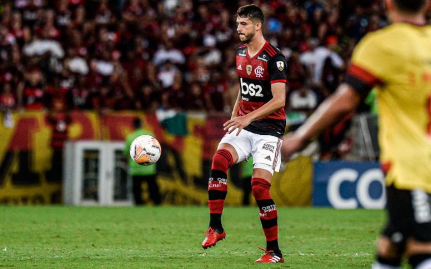 Gustavo Henrique acumula erros defensivos: um a cada 100 minutos