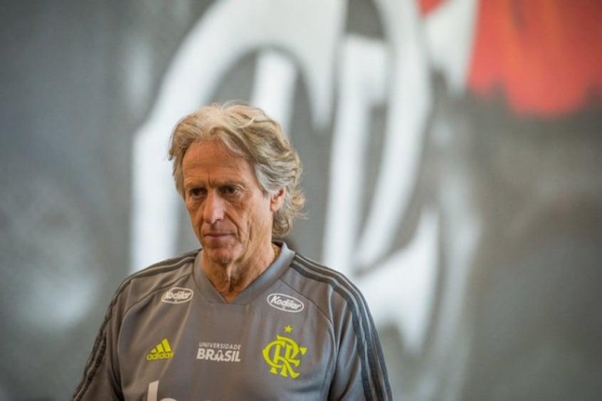 Flamengo enfrenta o Flu atrás do quinto título com Jorge Jesus