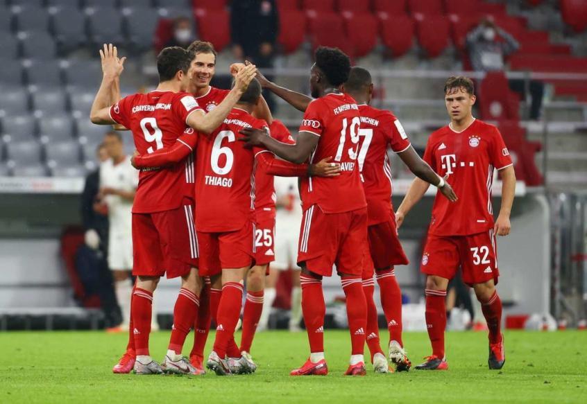 Lewandowski decide, Bayern vence, e está na final da Copa da ...