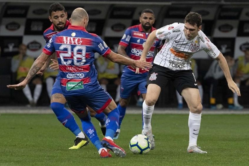 Corinthians X Fortaleza Provaveis Times Desfalques E Onde Assistir Lance