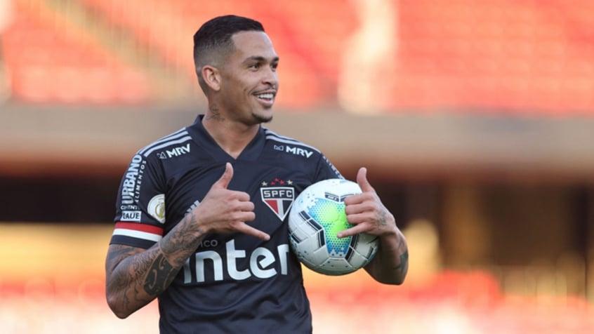 Após quase 15 dias, Luciano deve voltar ao time titular do São Paulo   LANCE!