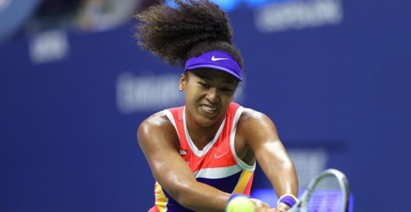 Naomi Osaka se defende na semifinal do US Open
