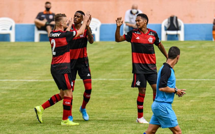 Sub-20: Flamengo e Fluminense jogam na Gávea; Maurício Souza analisa a retomada dos Garotos