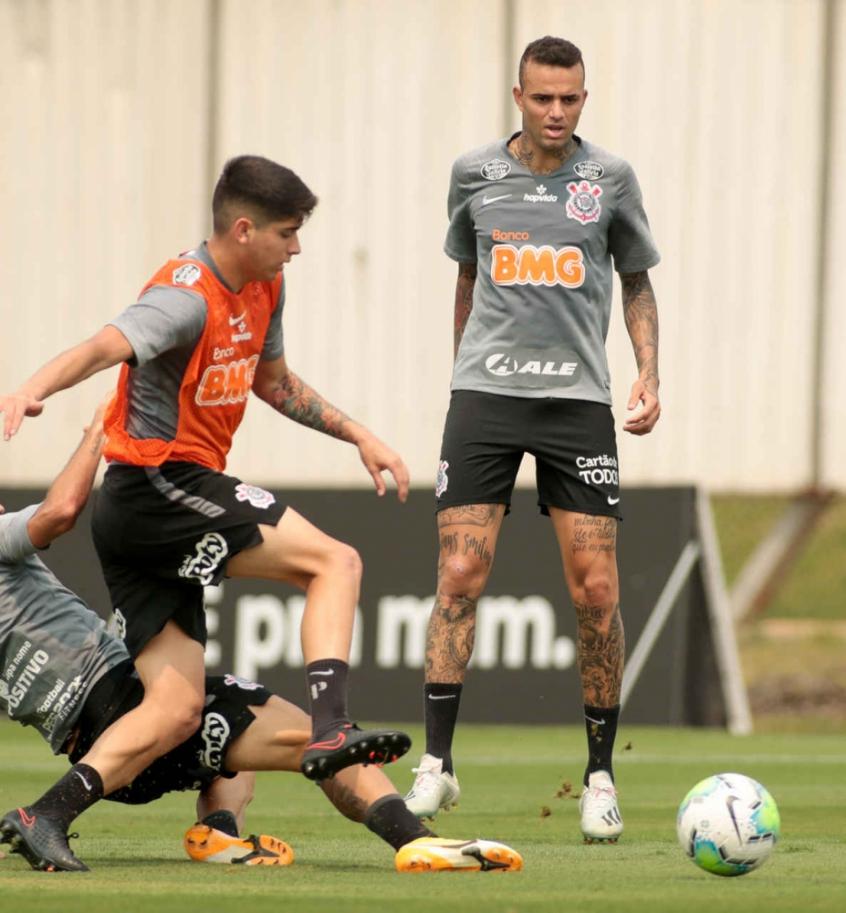 Corinthians pode ir com novidades na quarta-feira, veja a provável escalação