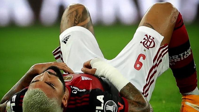 Após sair lesionado, Gabigol utiliza muletas e manda recado: Não vou parar por nada no mundo