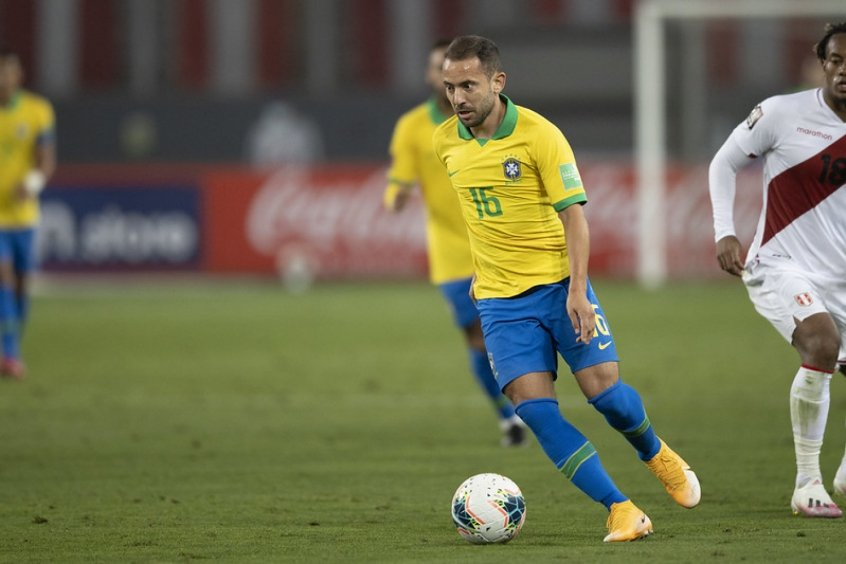 Pela Seleção Brasileira, Everton Ribeiro pode quebrar escrita de uma década como jogador do Flamengo