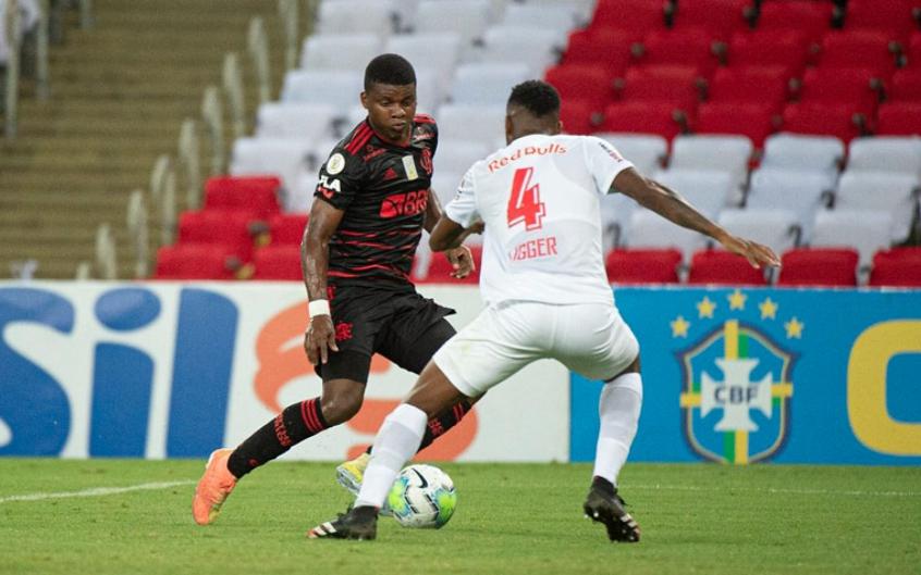 Flamengo empata com RB Bragantino em casa e perde chance de liderar o Brasileirão