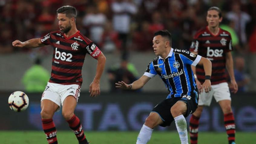 Diego lançará documentário com bastidores da lesão até o retorno contra o Grêmio