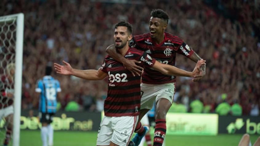 Pablo Marí e Bruno Henrique - Flamengo 5x0 Grêmio