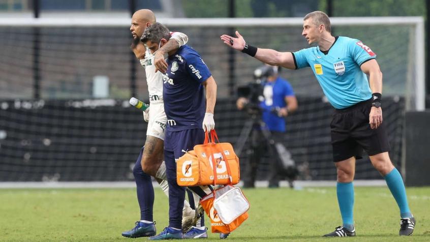 Felipe Melo diz que volta ao Palmeiras em janeiro e profetiza: 'Estarei levantando a Libertadores'