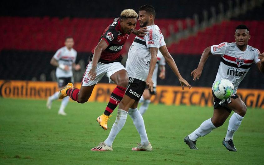 Com Ceni, Flamengo acerta 33 dos chutes no gol adversário, e técnico garante: Treinar mais é impossível