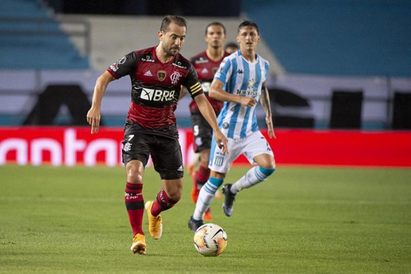 Vai ser muito importante, Everton Ribeiro celebra semana sem jogos