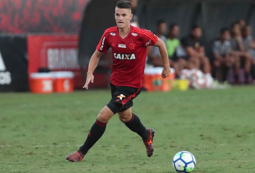 Campeão da Copinha pelo Flamengo, Dener encerra carreira aos 23 anos