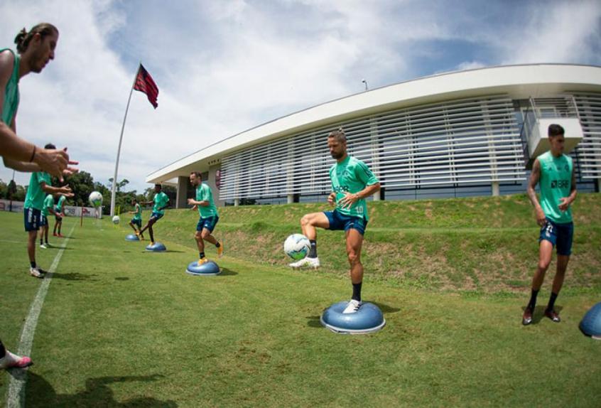 Flamengo inicia semana-chave fora do Rio e com a necessidade de melhorar a pontaria