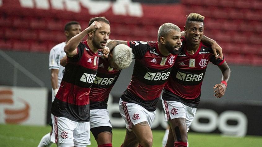 Flamengo vence o Palmeiras, e volta a brigar pela liderança do Campeonato Brasileiro