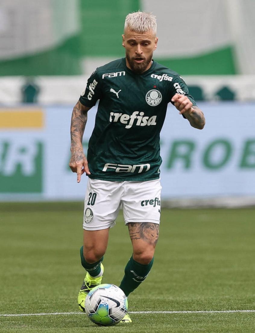 Lucas Lima volta a marcar pelo Palmeiras após mais de um ano