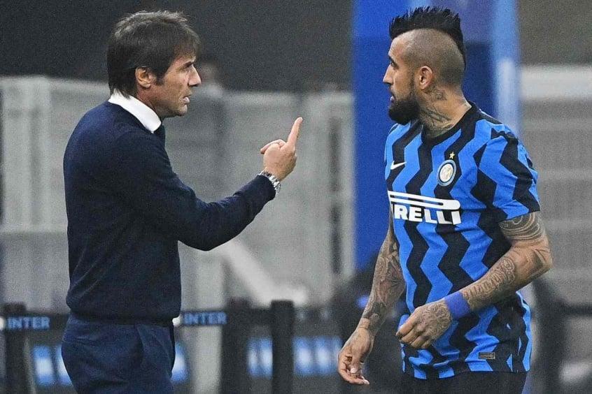 Antonio Conte e Arturo Vidal - Inter de Milão