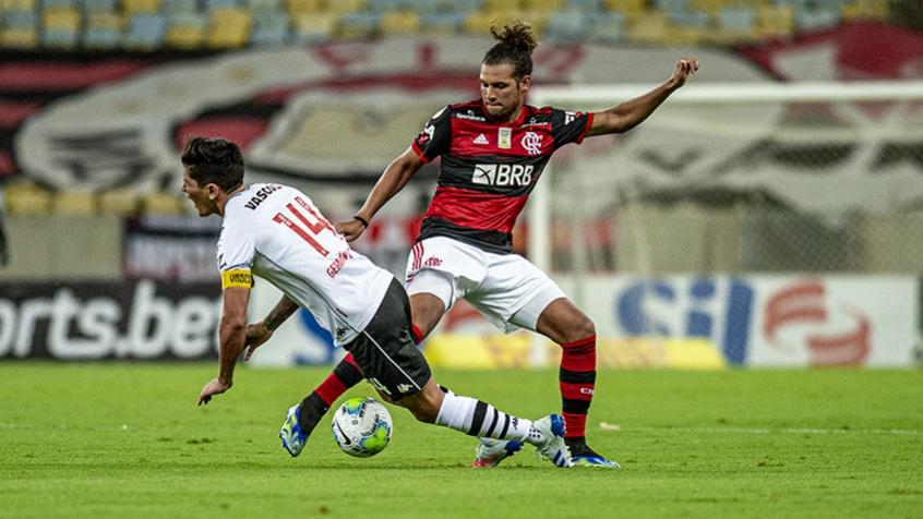 Arão avalia troca de treinadores no Flamengo e projeta final contra o Inter