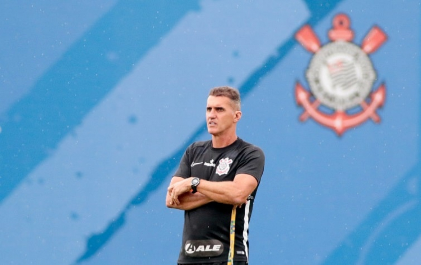 """""""Chegarão pra botar a camisa e jogar"""", diz Mancini sobre reforços para o setor ofensivo"""