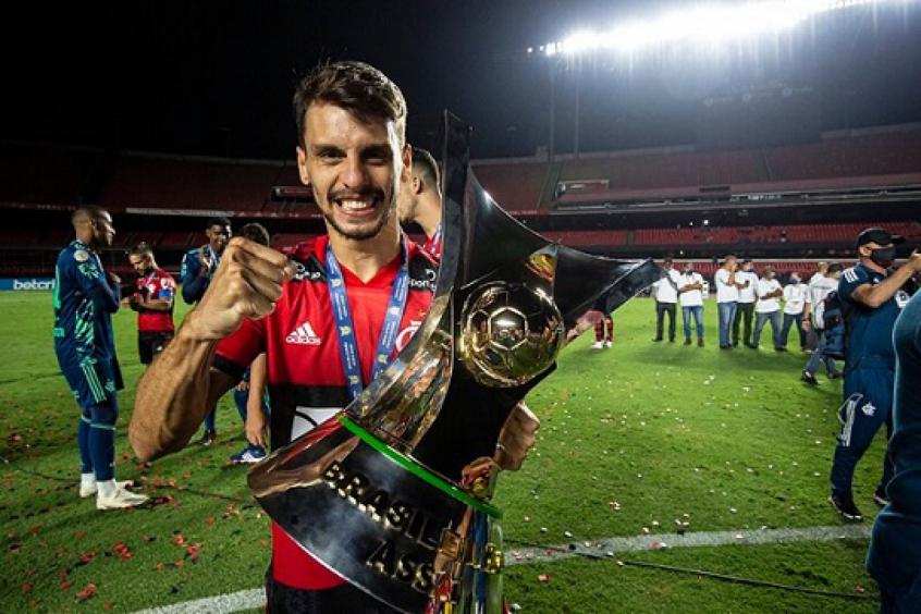 Ceni entrevista e Rodrigo Caio responde sobre chegada ao Flamengo: Melhor decisão da minha carreira