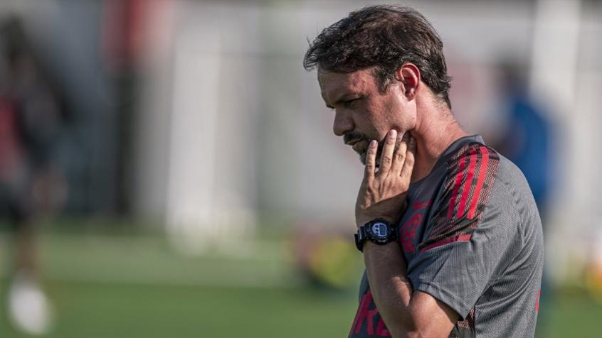 Maurício Souza conta com reforços e Flamengo mais leve para seguir invicto contra os pequenos do Rio