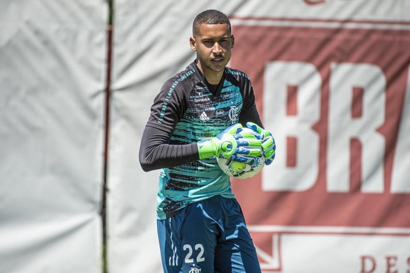 Jovem goleiro projeta início de 2021 ao lado dos Garotos do Ninho e fala sobre trabalho de Ceni no Flamengo