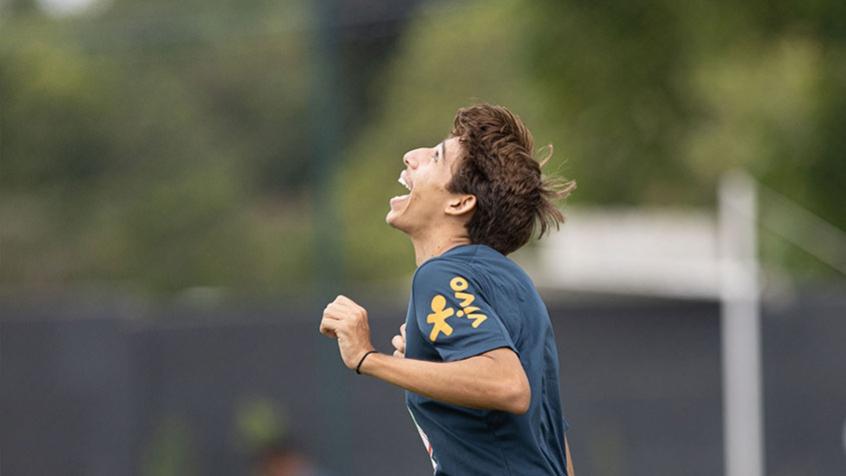 É muito melhor do que a gente espera, diz promessa do Flamengo ao realizar sonho na Seleção Brasileira Sub-18