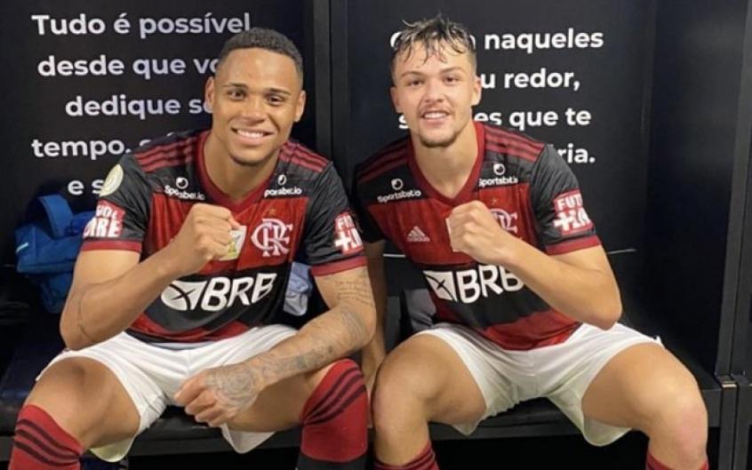 Natan e Noga reeditam parceria da base e recebem elogios no Flamengo
