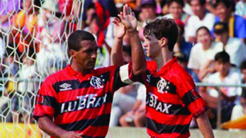 Rubro-negro tinha Júnior como técnico e dupla de ataque histórica na última vez que foi à Bacaxá