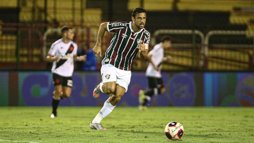 Record Transmite Jogo Entre Macae E Fluminense Para O Rio E Outras 27 Cidades Do Brasil Lance