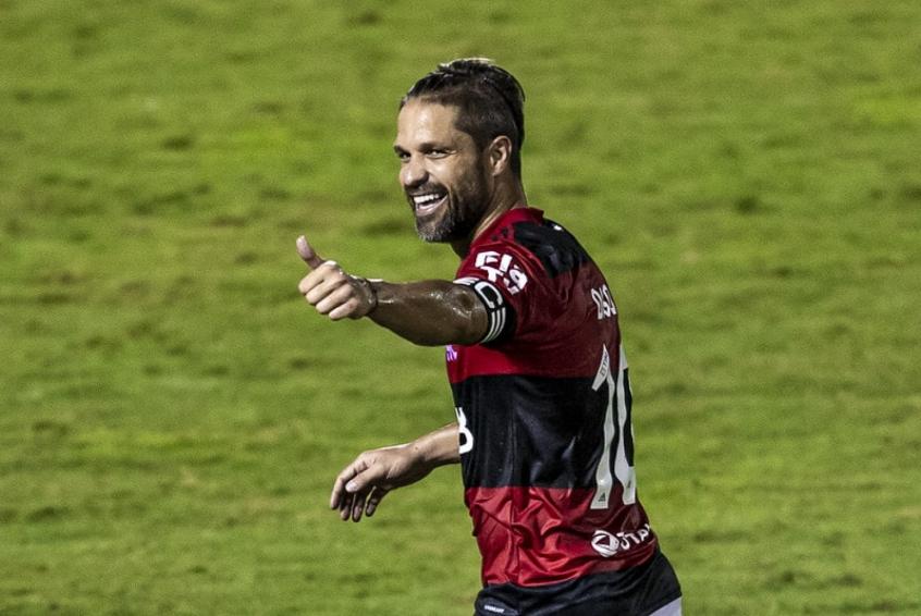 Diego Ribas exaltou a atuação da equipe: Nos dá muita confiança